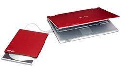 Samsung Q30, la elegancia se viste de notebook rojo