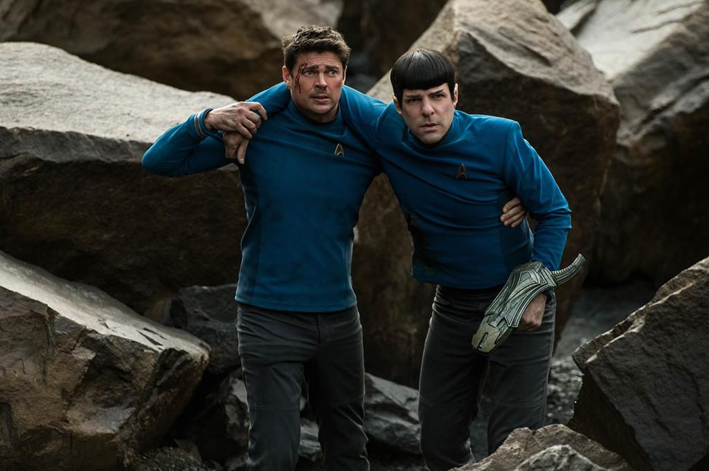 Zachary Quinto Y Karl Urban Star Trek Mas Alla