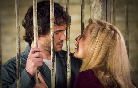 NBC saca la billetera y renueva 'Hannibal' y 'About a boy'