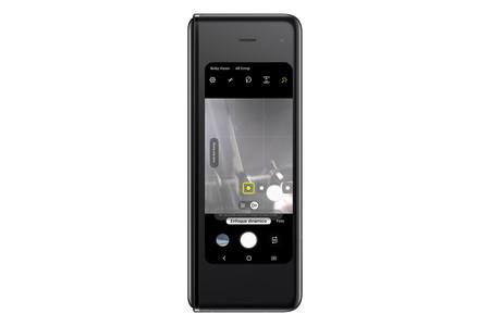 Samsung Galaxy Fold Int Cam 45