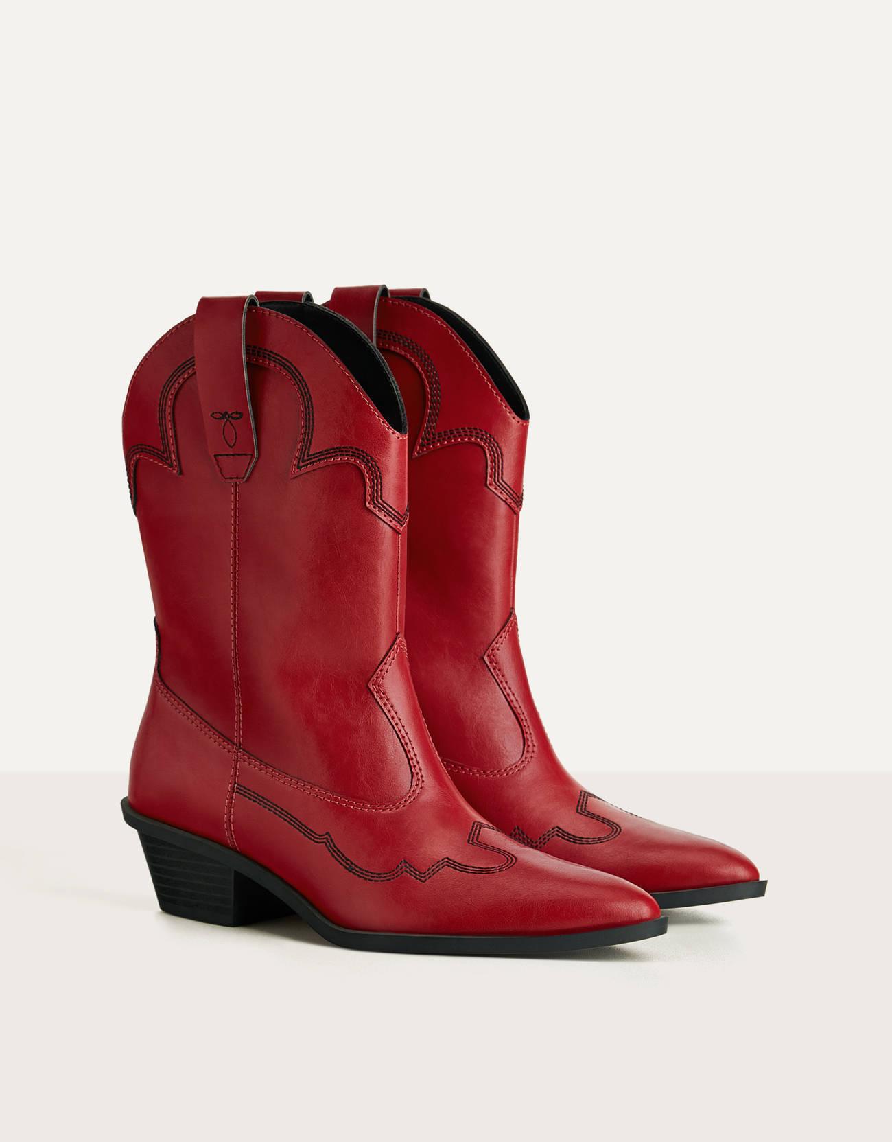 Botines rojos de estilo cowboy