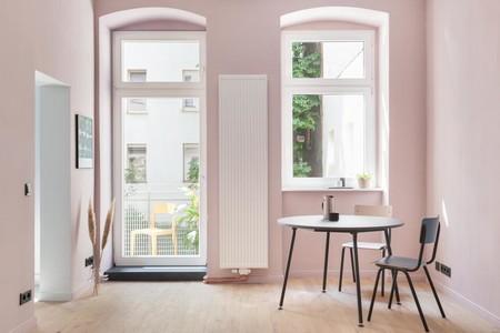 A pesar de sus 52 m2 este apartamento de Berlín apuesta por el color