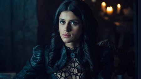 Quienes Acompanan A Henry Cavill En La Serie The Witcher Netflix