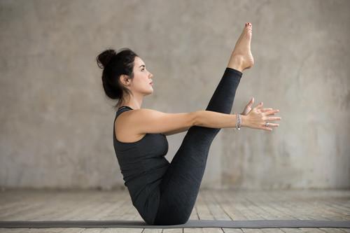 Cinco vídeos de Yoga y Pilates para hacer ejercicio en casa durante la cuarentena