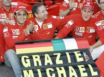 Massa provocó la retirada de Michael Schumacher