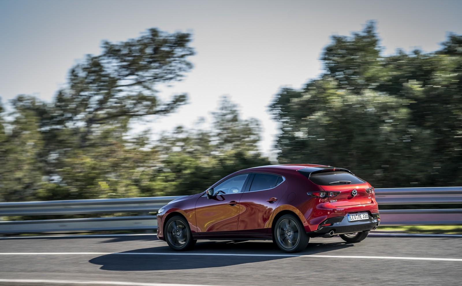 Foto de Mazda3 2019 (68/128)