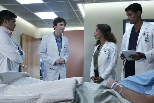 'The Good Doctor' es un correcto drama médico que se pierde con sus flashbacks