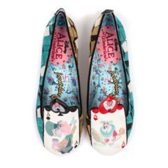 Foto 22 de 88 de la galería zapatos-alicia-en-el-pais-de-las-maravillas en Trendencias