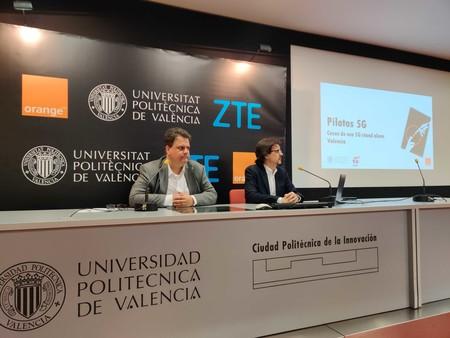 Orange y la UPV muestran las capacidades del 5G en aplicaciones de robótica y coches conectados