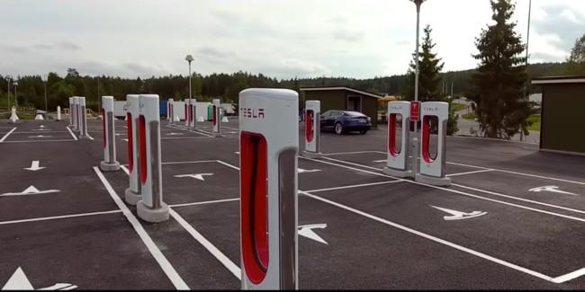 Tesla Supercharger Nebbenes Norway