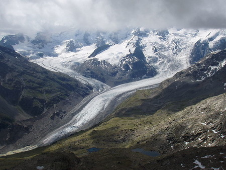 Así es como quieren salvar los glaciares de los Alpes suizos