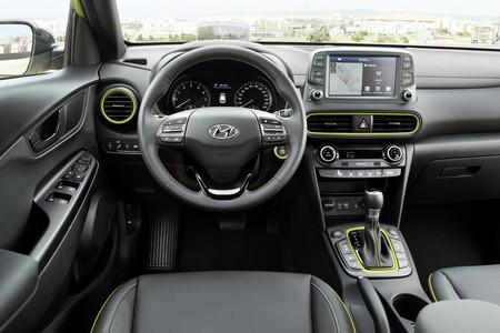 Comparativa Hyundai Kona Kia Stonic