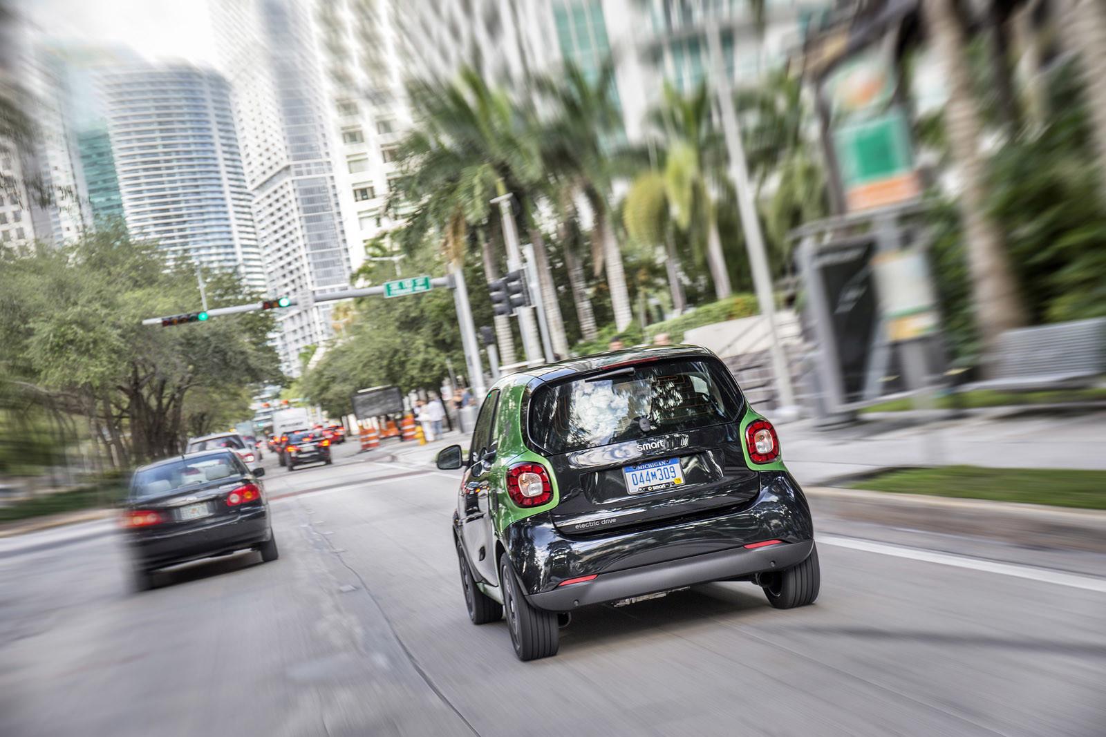 Foto de smart fortwo Electric Drive, toma de contacto (223/313)