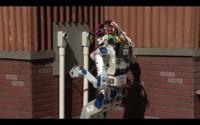Este divertido vídeo de los robots más avanzados cayendo de forma torpe te alegrará el día