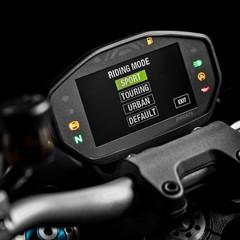 Foto 27 de 68 de la galería ducati-monster-1200-s-2020-color-negro en Motorpasion Moto