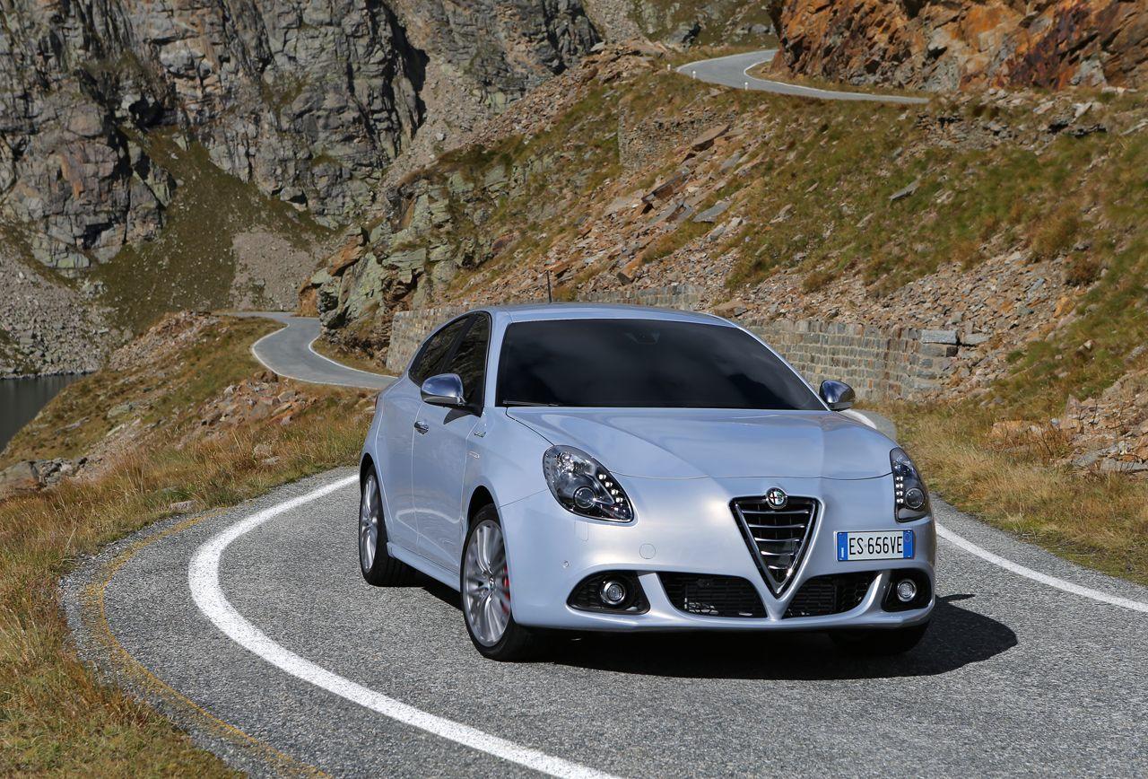 Foto de Alfa Romeo Giulietta 2014 (10/38)