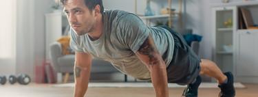 Tres variaciones de flexiones para entrenar tus brazos en casa sin material