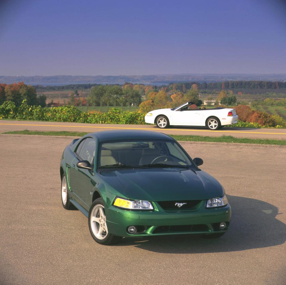 Foto de Ford Mustang: generación 1994-2004 (63/70)