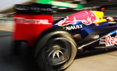 Sebastian Vettel tendrá que utilizar el último diseño de escapes