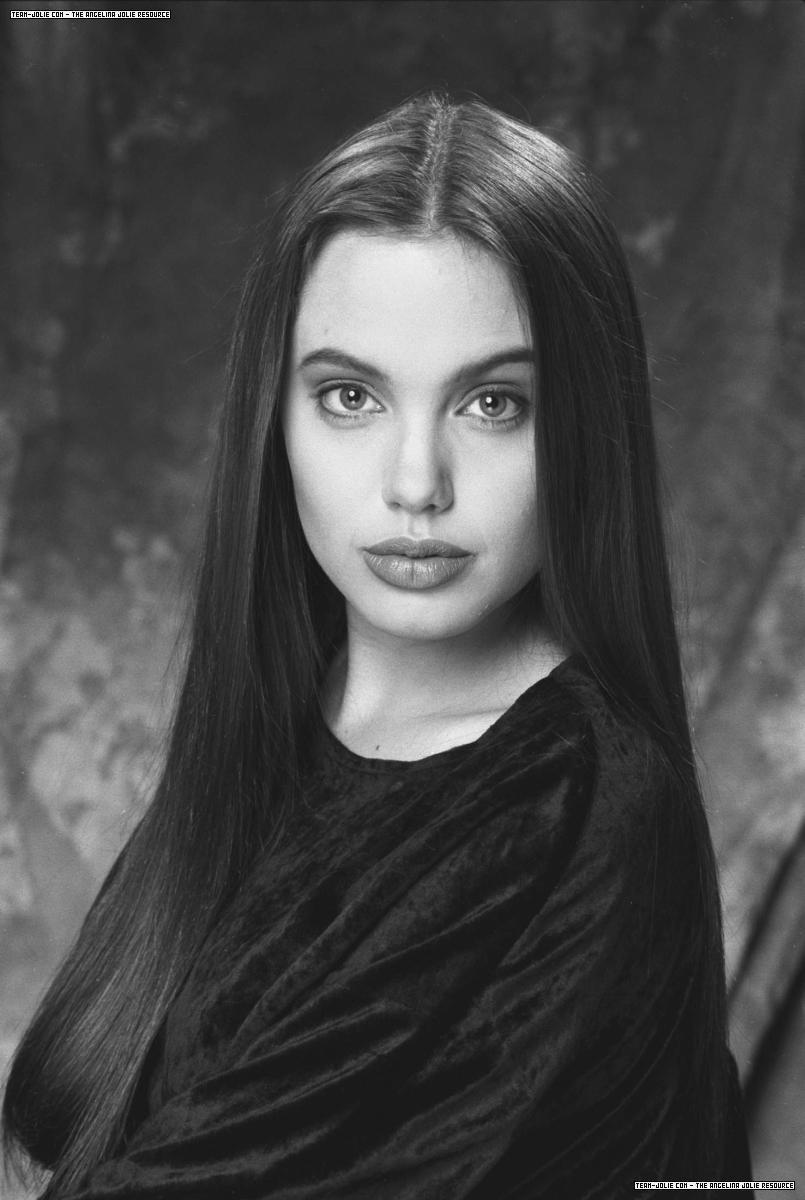 Foto de Los inicios de los famosos: Angelina Jolie (9/17)