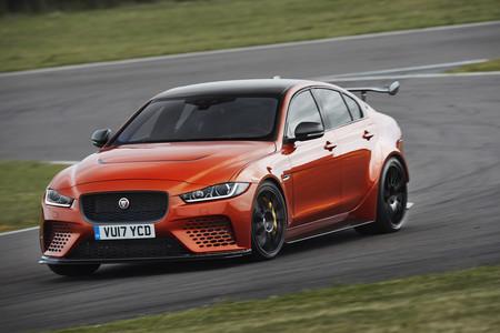 Jaguar quiere que su XE SV Project 8 sea la berlina más rápida en Nürburgring