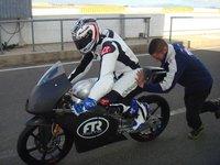 Maverick Viñales rueda en Almería con la Moto3 y ¡la Moto2!
