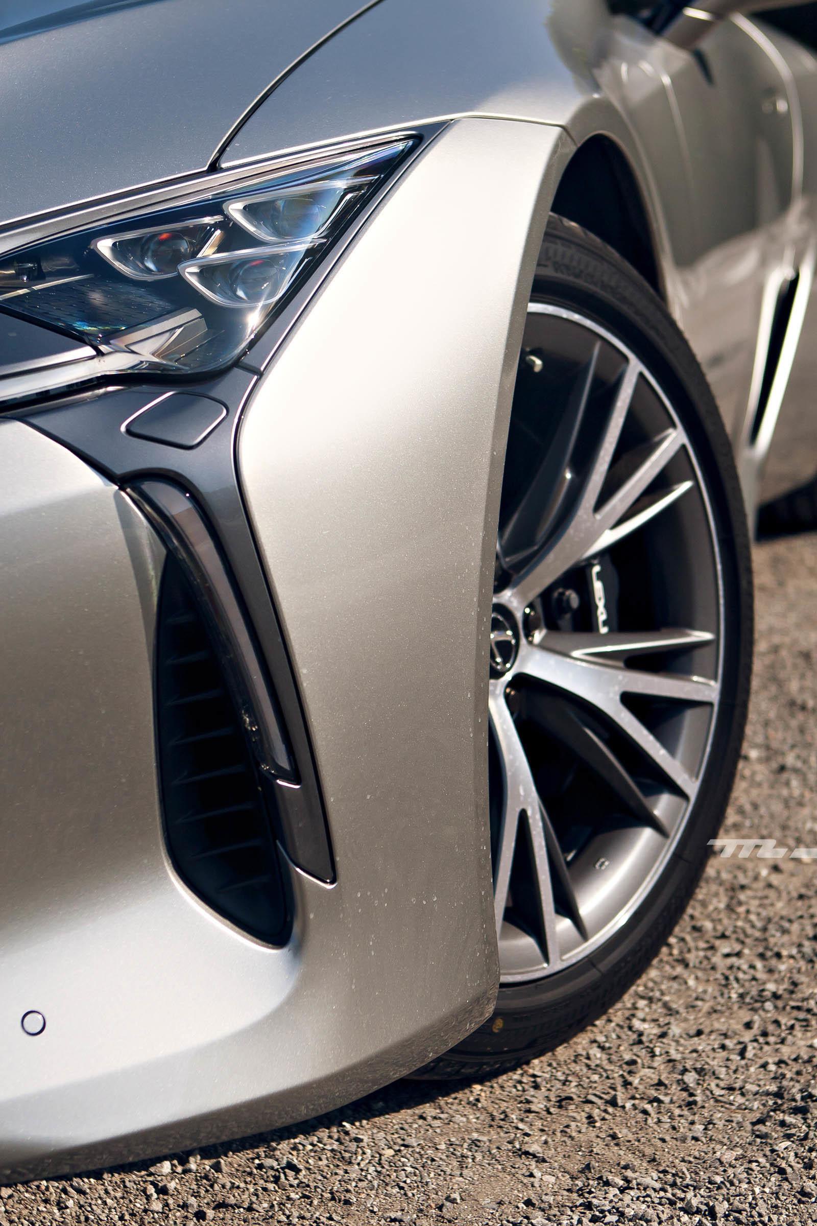 Foto de Lexus LC 500 (30/40)