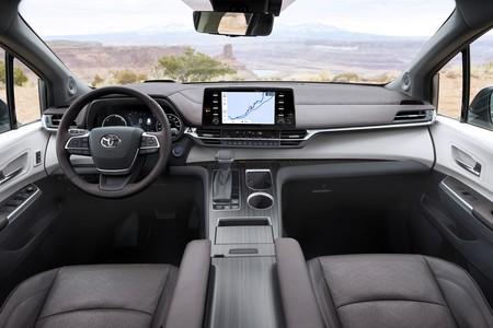 Toyota Sienna 2020 016