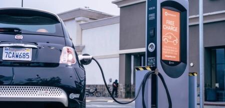 La carga de tu vehículo eléctrico la pagarán los anuncios: Volta