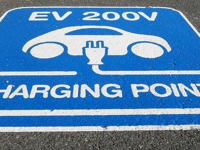 Las eléctricas son el gigante dormido del coche eléctrico que está empezando a despertar