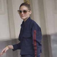 El último look de Olivia Palermo podría inspirarte en tus días más casual y sporty