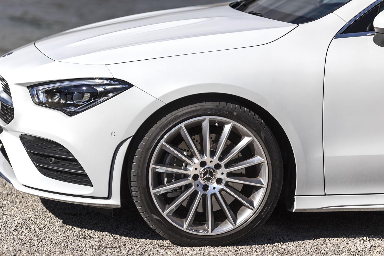 Foto de Mercedes-Benz CLA Coupé 2019, toma de contacto (117/248)
