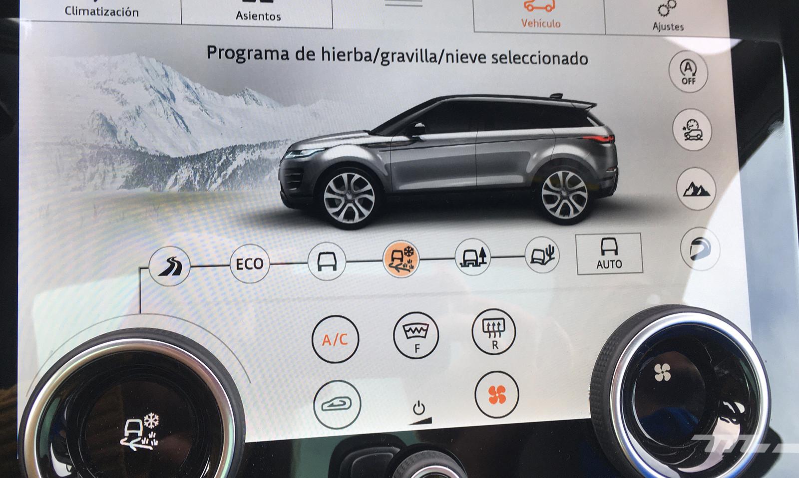 Foto de Curso de conducción en nieve de Jaguar Land Rover (23/28)