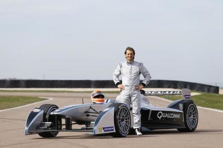 Jarno Trulli prueba el monoplaza de la Fórmula E
