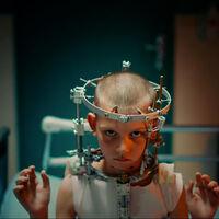 'Titane': inclasificable tráiler de lo nuevo de la directora de 'Crudo' para dinamitar la Sección Oficial de Cannes