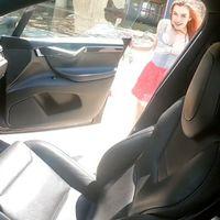 Uso #069 del Autopilot en un Tesla (no recomendado): Grabar un video porno con el auto en movimiento