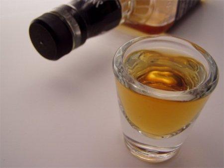 El alcohol de fin de semana puede ser un impedimento para perder la barriga