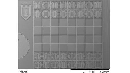 Éste es el juego de ajedrez más pequeño (ni siquiera puedes verlo)