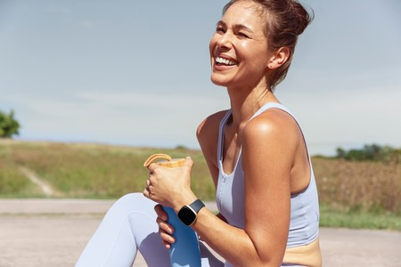 Fitbit Versa 3 Lifestyle Outdoor