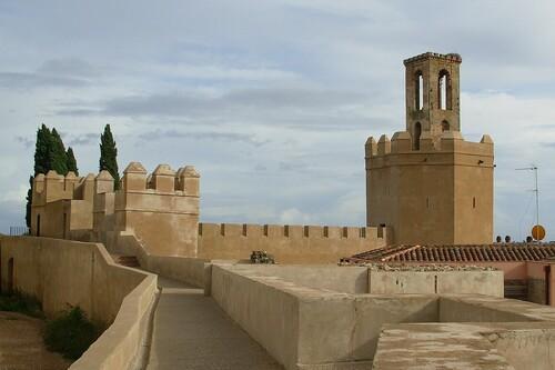 Descubriendo la Alcazaba de Badajoz dando un paseo para visitar sus monumentos