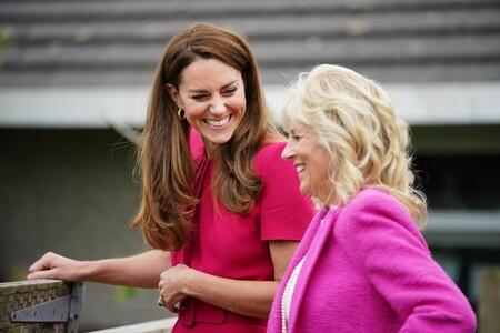 Ya sea con vestido blanco o rosa, Kate Middleton nos conquista por igual
