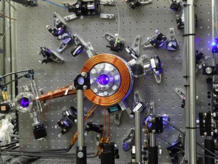 Cryogenic Optical Lattice Clocks 01