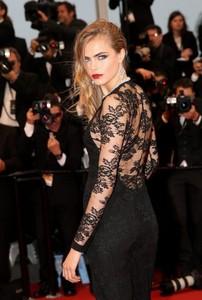 La alfombra roja de Cannes nos trae, además de smokings y pajaritas, a las chicas más sexys