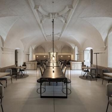 Un monasterio junto al lago de Garna en Italia se reinventa como hotel spa en donde seguir disfrutando de un (relajante) ambiente monacal