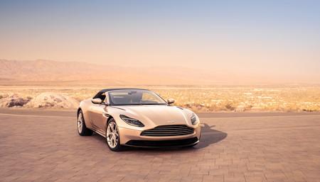 Así es el nuevo Aston Martin DB11 Volante, disponible sólo con el motor V8 biturbo