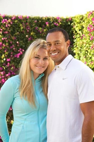 Tiger Woods presenta a su nueva novia, cuidado con los cuernacos esta vez