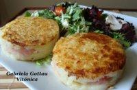 Patatas rösti con jamón y hojas verdes. Receta saludable