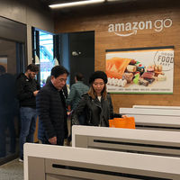 Amazon abre la tecnología de los Amazon Go para que otras tiendas puedan deshacerse de los cajeros