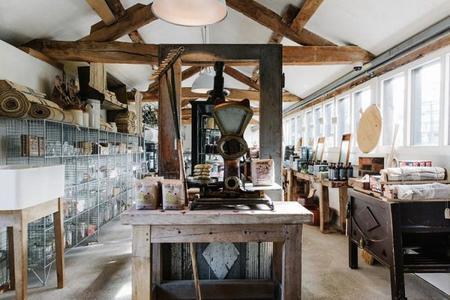 decoran, también hacen proyectos de interiorismo y diseñan muebles ...