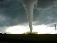 [Vídeo] Un tornado visto desde dentro